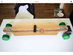 Evolve Bamboo Gen2 Electric Skateboard