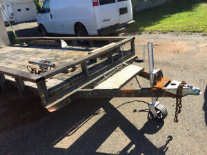 Trailer for hauling skid steer small tractor snow blower etc