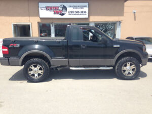 2006 Ford F-150 Pickup Truck (Mud Tires/Lift/Great Shape!)