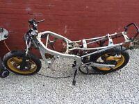 Honda cbr600f chassis,wheels,log book