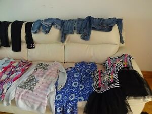 Twin girls' clothing ages 6-7 years West Island Greater Montréal image 1