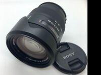 Sony 16-80mm f3.5-f4.5 Carl Zeizz zoom lens