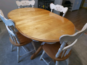 Kitchen Dining Room Table with 6 Chairs