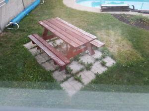 Table de pic nic en bois