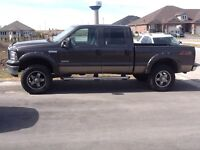 2006 Ford F-350 Lariot Pickup Truck a real LOOKER