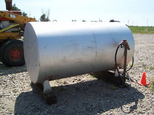 500 Gal Fuel Tank/Stand