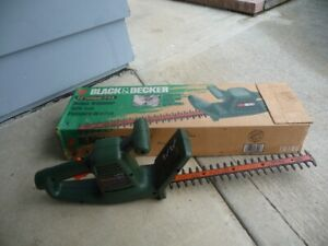 Electric hedge trimmer 16""