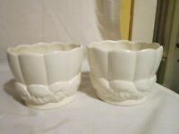 Red Wing Pottery U.S.A. - Set of 2 Planters