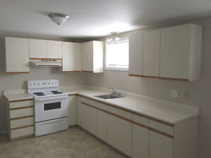 AVAILABLE JUNE 1st - 1 BDRM APT - ACROSS FROM CCNB DIEPPE!!!