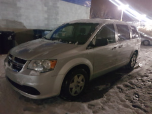 2012 dodge grand caravan stow n go for sale