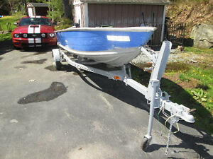 1997 14' Prince Craft Easy Load Trailer 8.0HP Evinrude Low Hours