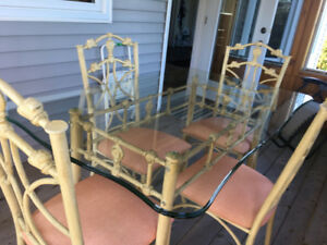 Elegant Cream and Gold/Glass Dining Table with 4 Matching Chairs