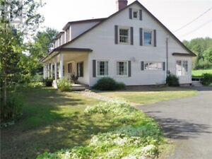 3800 Square feet!! Great for a hobby farm or B & B, 9.44 acres!