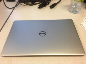 """Beautiful 13"""" Dell XPS 9343 laptop with infinityEdge display"""