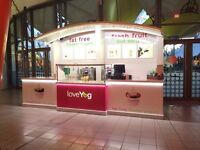 Kiosk Mall Catering QUALITY - PRICED FOR QUICK SALE / frozen yogurt / dessert - Great condition