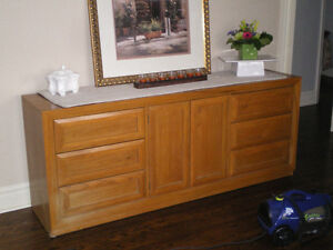 ***Thomasville Solid Wood Chest of Drawers***