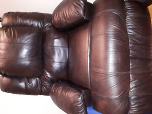 Brown leather comfy automatic reclining chair