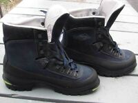 ALPINIST bottes en cuir cramponable LOWA leather boots 40