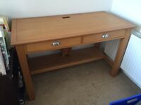 Wooden desk. Great condition. Hardly used. Collection only
