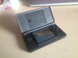 Nintendo DS Lite - Metallic Red with Case - No Charger