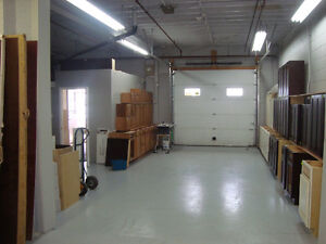 Shop / Office in Secure Buiding / Available Dec 1 Cambridge Kitchener Area image 3