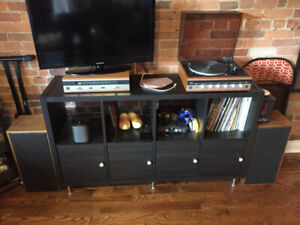 Noresco Dual Solid State NC341 Turntable w/receiver and speakers