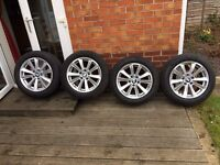 225/55/17 alloy wheels with run flat tyres