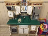 Toy kitchen, BBQ and cart!