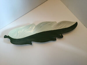 Long Australian Design Carlton Ware Green & White Leaf Dish