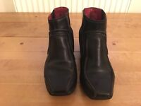 Clarks black leather pull on boots. Wedge heel. Size 6.
