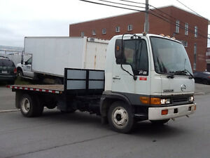 Hino FB automatique diesel 5.3L  NEGOTIABLE