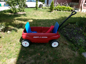 Radio Flyer deluxe wagon with canopy