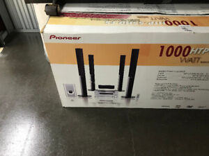Pioneer HTP-1000 6 speaker home theater system (wired)