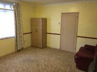 Double room in Harold Wood