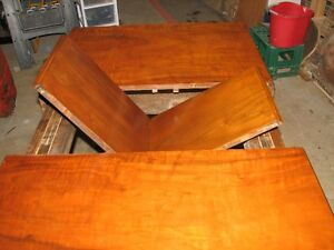 VINTAGE DINING TABLE NO CHAIRS
