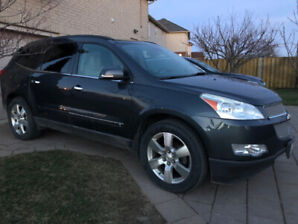 Low KMs  Fully-loaded 2009 Chevrolet Traverse LTZ SUV, Crossover