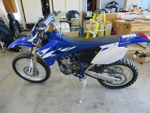 Selling 2006 Yamaha WR250F Dirt Bike