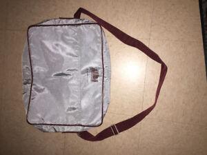 "LapTop Comp, ""shoulder carrying case NEW, light grey & wine trim"