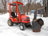 G1700 KUBOTA  TRACTOR WITH SNOWBLOWER AND DECK
