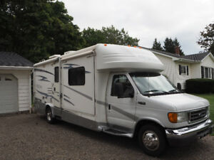 Price Reduced - 2005 Gulf Stream Motorhome