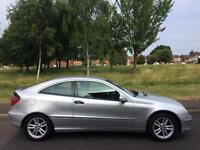 MERCEDES BENZ C220 CDI COUPE + DIESEL + AUTOMATIC + LEATHER