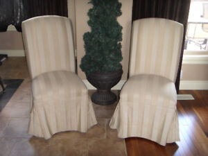 Dinning/Side Chairs (2)