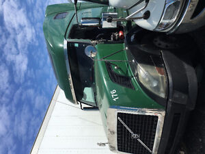 VOLVO TRUCKS FOR PARTS SALE!! PICK WHICHEVER PART NEEDED!!