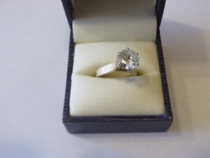 For Sale Diamond Ring