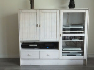 Solid Pine Entertainment Unit
