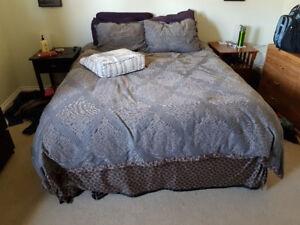 Queen Mattress Set incl. Bedding