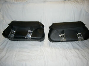 YAMAHA LEATHER SADDLEBAGS V STAR'S AND ROAD STARS other