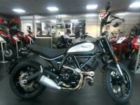 Ducati Scrambler 803cc Icon Dark ABS Naked 2021MY