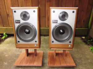 Wanted - Acoustic Research AR 18 B Speakers