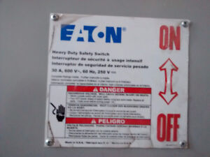 Heavy duty safety switch Eaton HD 30A 3P 600V NON FUSED TYPE 1 West Island Greater Montréal image 7